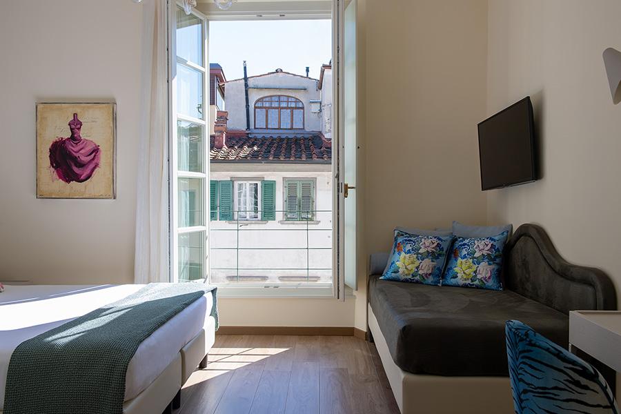 balcone camera diluvio B&B Firenze Canto degli Aranci